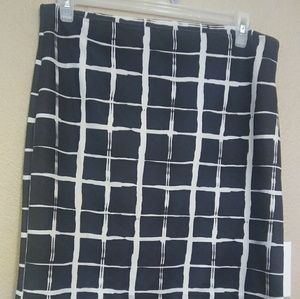 New York & Company sz Large skirt